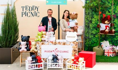 Plush Clinic на Teddy Picinic на террасе